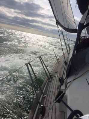 windward_sail